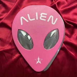 Jeffree Star Alien Eyeshadow Palette